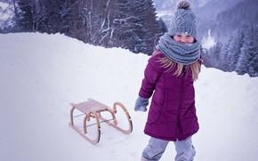 Картинка девочка, snow, снег, ребенок, куртка, зима, мороз, шапка, санки, winter