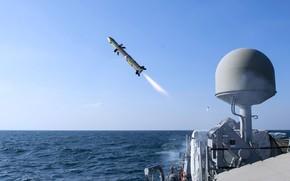 Картинка стрельбы, эсминец, пуски ракет