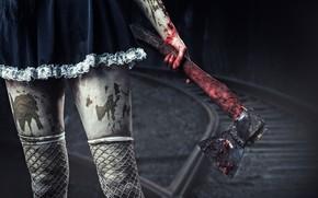 Обои платье, чулки в сетку, девушка, кровь, ножки, с топором, топор, готика