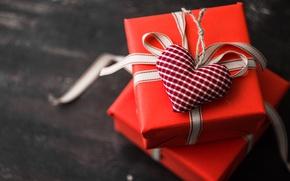 Обои праздник, сердце, подарки, коробки, фигурка