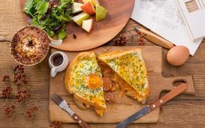 Картинка яичница, бутерброд, салат