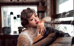 Картинка девушка, стиль, руки, макияж, азиатка, причёска, невеста, вуаль, костюмы, взнляд, Joshua Chang