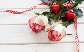 Картинка цветы, праздник, доски, розы, лента, сердечки