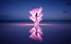 Картинка волны, девушка, свет, берег, Light-painting at the pink sand beach
