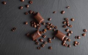 Картинка Шоколад, кофейные зерна, деревянный фон