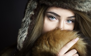 Картинка взгляд, девушка, фон, шапка, портрет, макияж, мех, шатенка