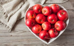 Обои romantic, яблоки, heart, love, apples, wood, фрукты