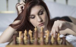 Картинка девушка, лицо, игра, шахматы