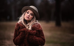 Картинка взгляд, девушка, лицо, фон, шляпа