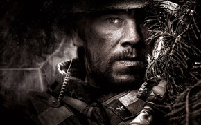 Картинка Gun, Rifle, Wallpaper, Military, Mark Wahlberg, Man, Soldier, Look, Lone Survivor, Уцелевший, Navy SEAL