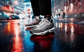 Картинка свет, ночь, огни, улица, ноги, человек, кроссовки, кросы, боке