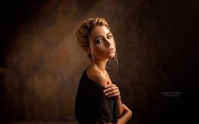 Картинка взгляд, фон, модель, портрет, красотка, в черном, боке, Ксения Кокорева, Ksenia Kokoreva, Grigoriy Lifin
