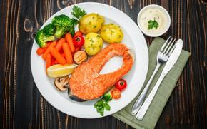 Обои морковь, рыба, соус, зелень, нож, тарелка, вилка, овощи, картофель, стол, помидоры, салфетка