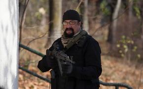 Картинка cinema, gun, forest, weapon, movie, film, Steven Seagal, AK 47, A Good Man
