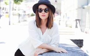 Картинка лицо, модель, шляпа, очки, Delia