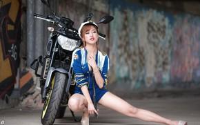 Картинка девушка, мотоцикл, азиатка