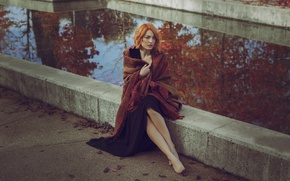 Обои модель, осень, ножки, лицо, шатенка, девушка, прохлада