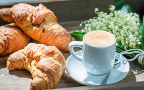 Обои breakfast, ландыши, кофе, круассаны, чашка, завтрак