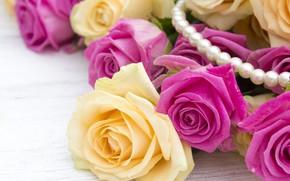 Картинка фон, розовый, букет, желтые, Бусы, Розы, бутоны