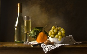 Картинка вино, бокал, бутылка, апельсин, печенье, виноград, натюрморт