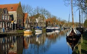 Картинка небо, солнце, деревья, дома, лодки, канал, Нидерланды, катера, Edam