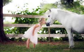 Картинка лошадь, поцелуй, единорог, девочка
