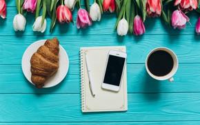 Картинка цветы, кофе, завтрак, чашка, тюльпаны, розовые, white, heart, wood, pink, flowers, cup, romantic, tulips, coffee, …