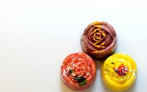 Картинка макро, цветные, конфеты, сладости, три
