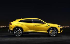Обои Urus, 2018, Lamborghini, вид сбоку