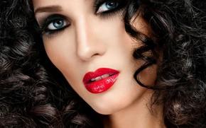 Картинка взгляд, крупный план, лицо, портрет, макияж, брюнетка, прическа, красотка