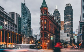 Картинка город, огни, движение, улица, вечер, выдержка, Канада, Онтарио, Торонто, улицы, Gooderham Building, Гудерхам Билдинг