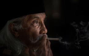 Картинка дым, сигарета, мужчина, седина