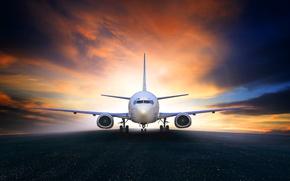 Обои небо, самолет, зарево, взлетная полоса, пассажирский