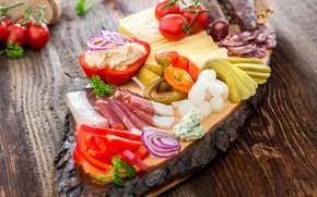 Картинка лук, хлеб, перец, колбаса, огурцы, ассорти, сало