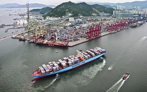 Обои Mærsk, Maersk Line, Контейнеровоз, Судно, Грузовой, Терминал, Порт, Line, Сверху, Бусиры, Maersk, Контейнера, Катера