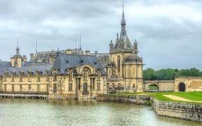 Картинка город, река, замок, франция, Chateau de Chantilly