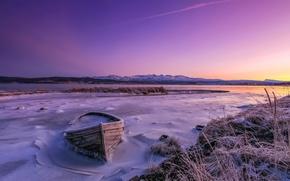 Картинка зима, закат, озеро, лодка