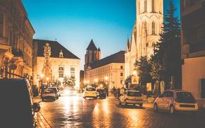 Обои Budapest, Будапешт, вечер, улица, огни, город, люди, машины, деревья, дорога, дорожный знак