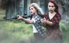 Картинка оружие, девушки, ситуация