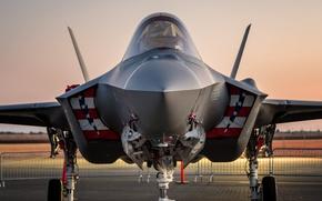 Картинка аэродром, истребитель-бомбардировщик, F-35