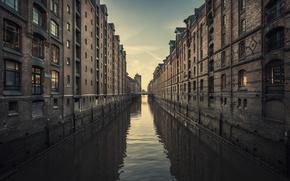 Картинка небо, вода, окна, здания, дома, канал