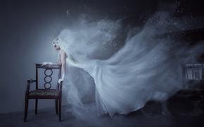 Обои девушка, комната, призрак