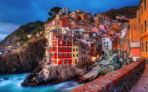 Обои город, дома, Италия, свет, вечер, утро, море