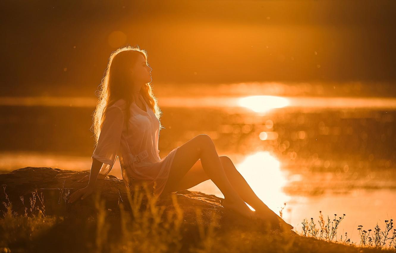 Картинки девушка и закат солнца