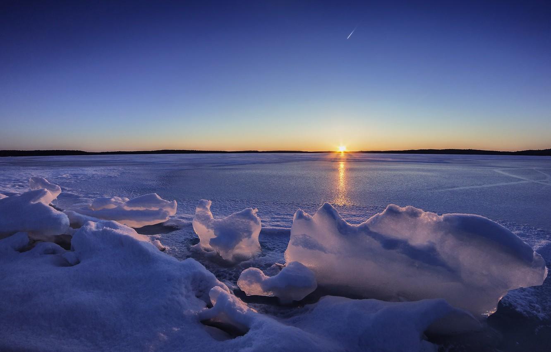 Фото обои зима, закат, озеро, лёд, Финляндия, Finland, Lake Karijärvi