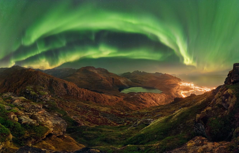 Фото обои небо, горы, ночь, скалы, северное сияние