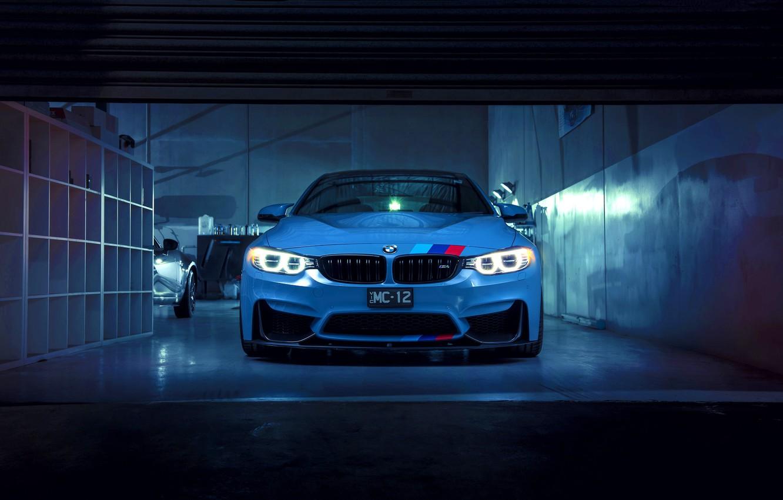 Фото обои BMW, German, Car, Blue, Front, Sport, M4