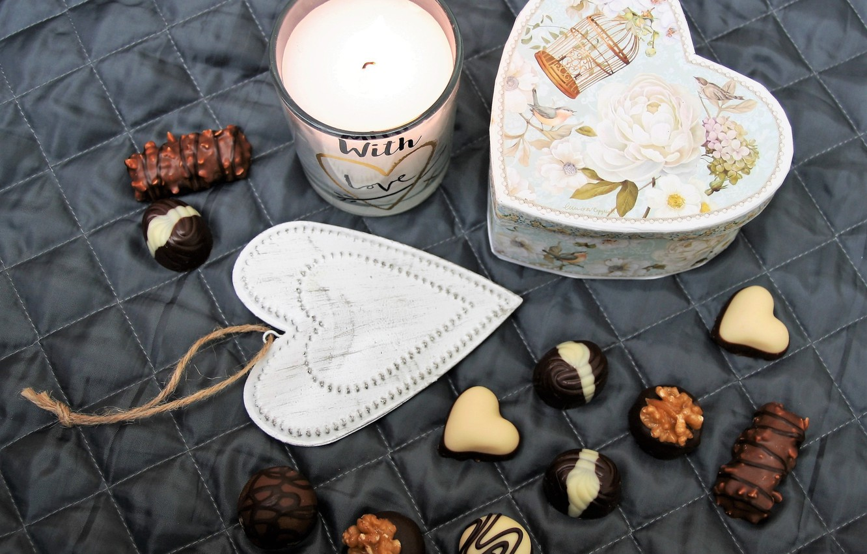 Фото обои коробка, подарок, шоколад, конфеты, сердечко, десерт