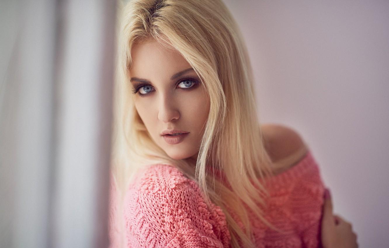 Картинки девушка блондинка взгляд