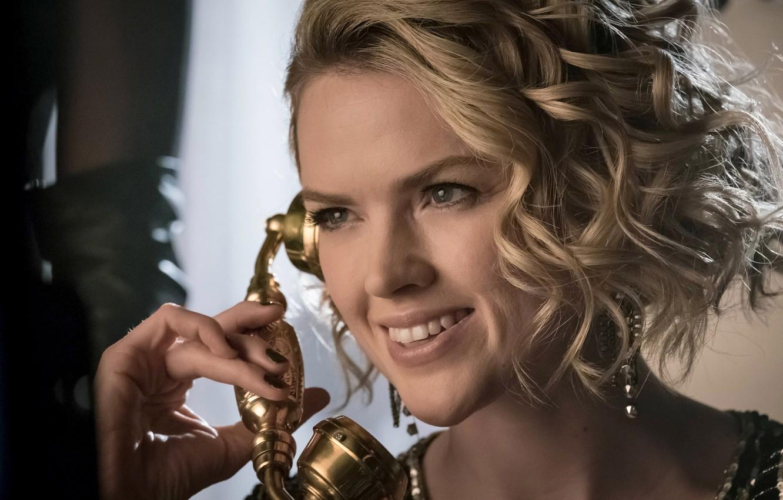 Фото обои girl, Batman, smile, face, blonde, Gotham, season 3, tv series, Barbara Kean